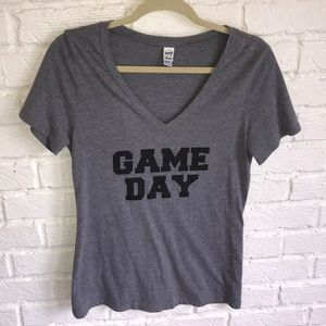 Tops - •NWOT• GAME DAY T-SHIRT